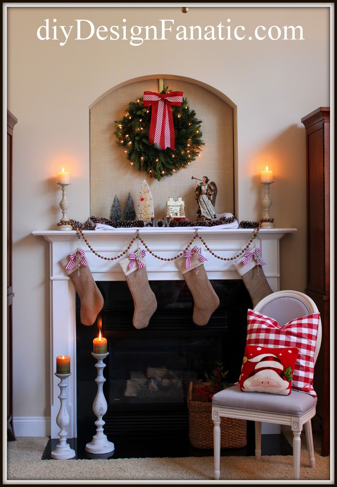 Christmas, christmas decorating, christmas mantel