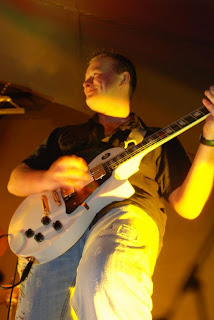 Pretty Vegas Wedding Band Guitarist Ritchie Mellor