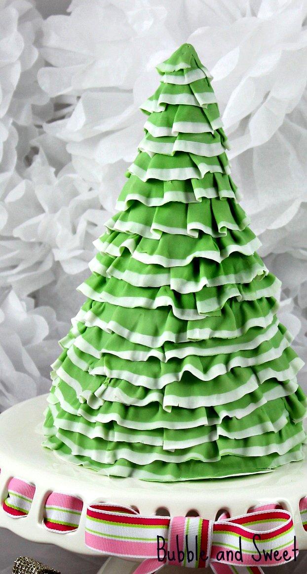 Cake Decoration Christmas Tree : Bubble and Sweet: Pretty Layered Ruffle Christmas Tree ...