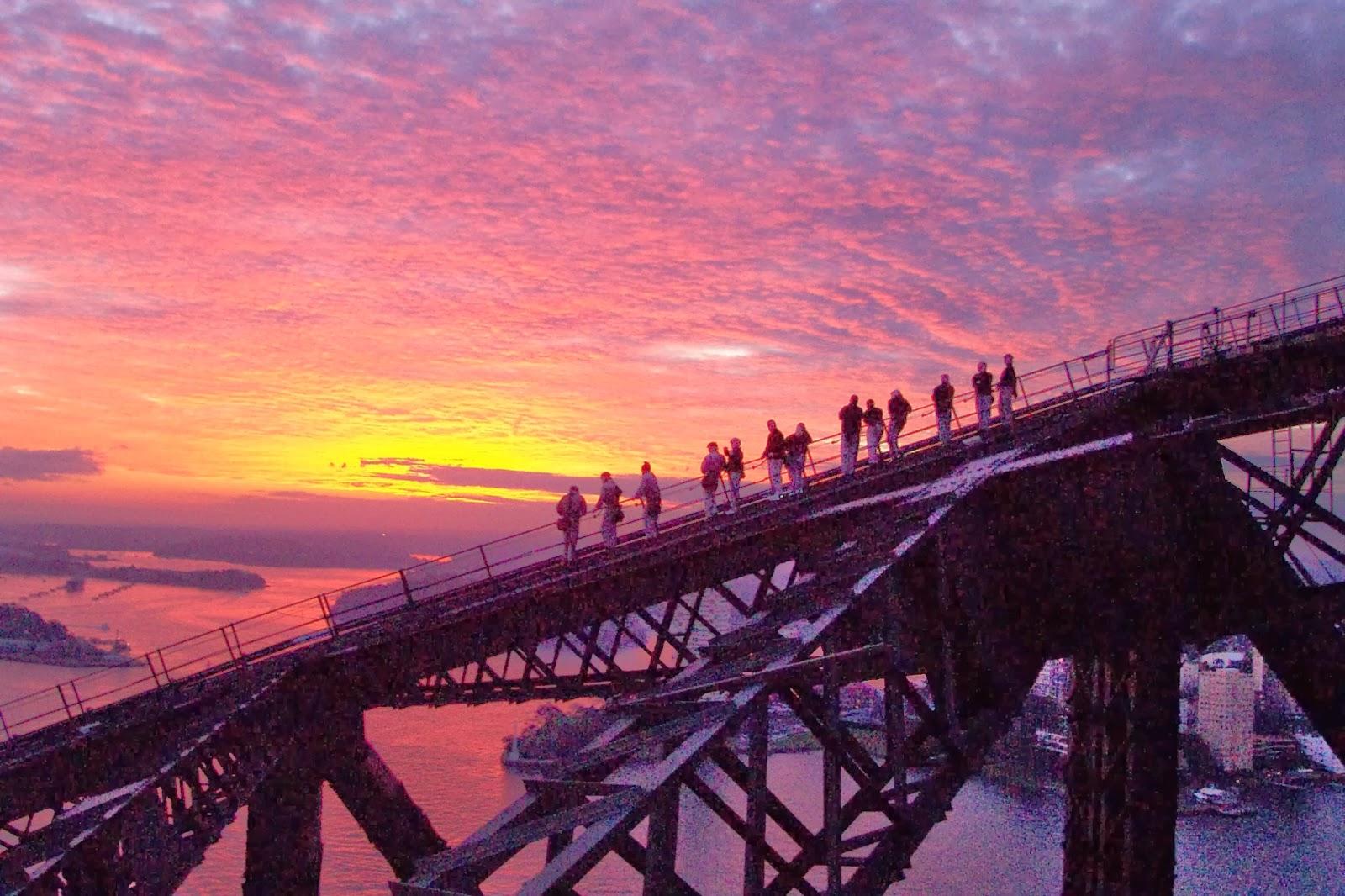 40 sydney harbour bridge -#main