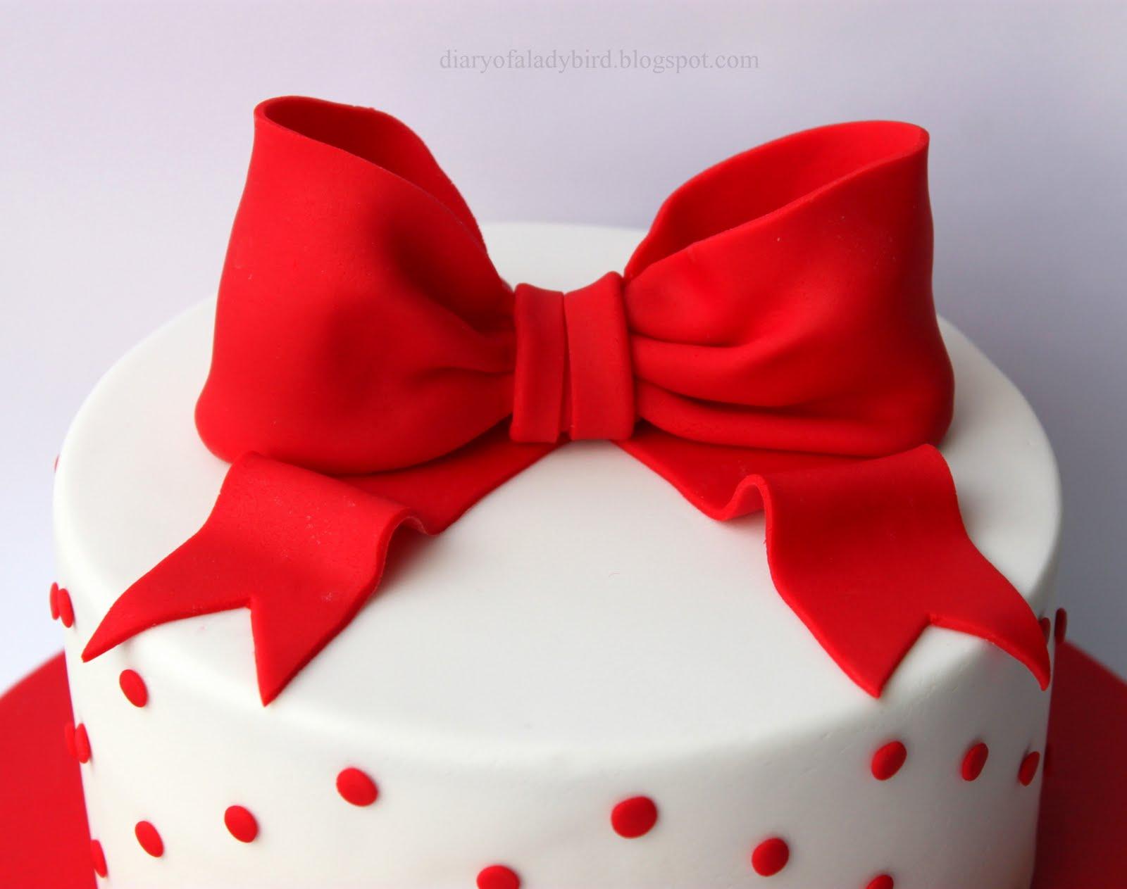 Diary Of A Ladybird The Joy Of Creating Birthday Cakes