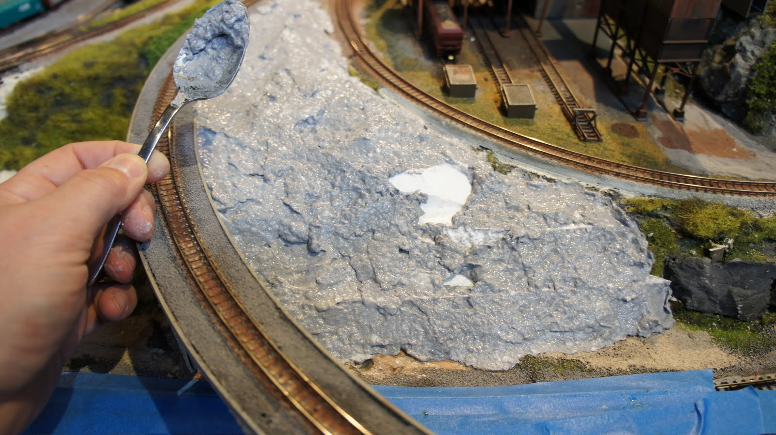 Quinntopia an n scale blog landscape repair for Landscaping quinns rocks
