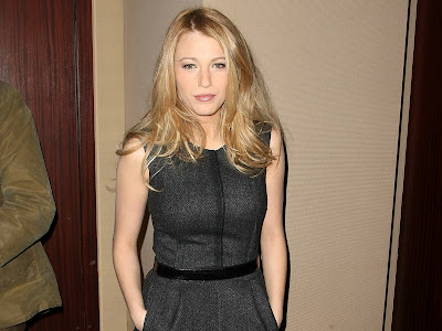 Blake Lively dress hot and look hot