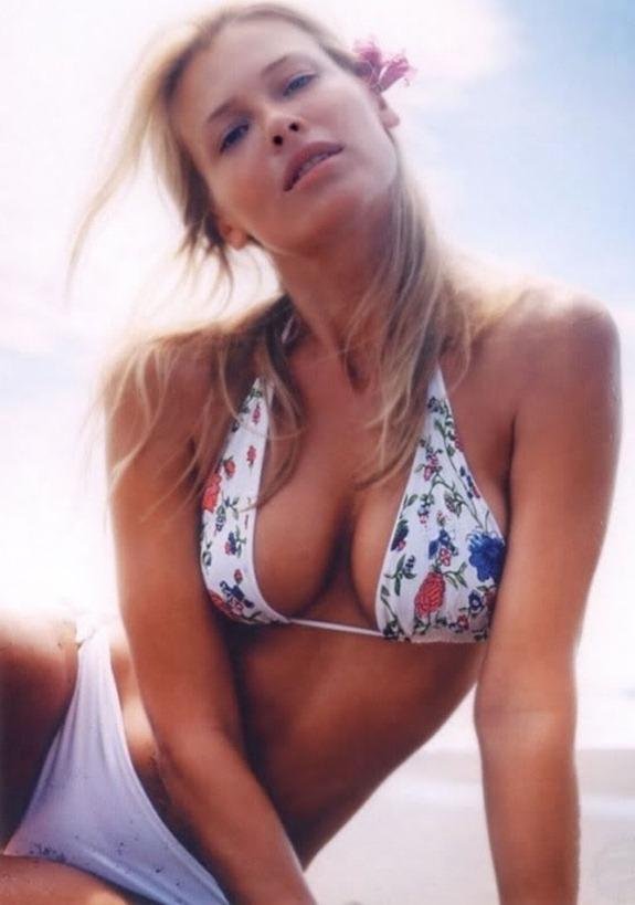 Super Model Bikini Fotos