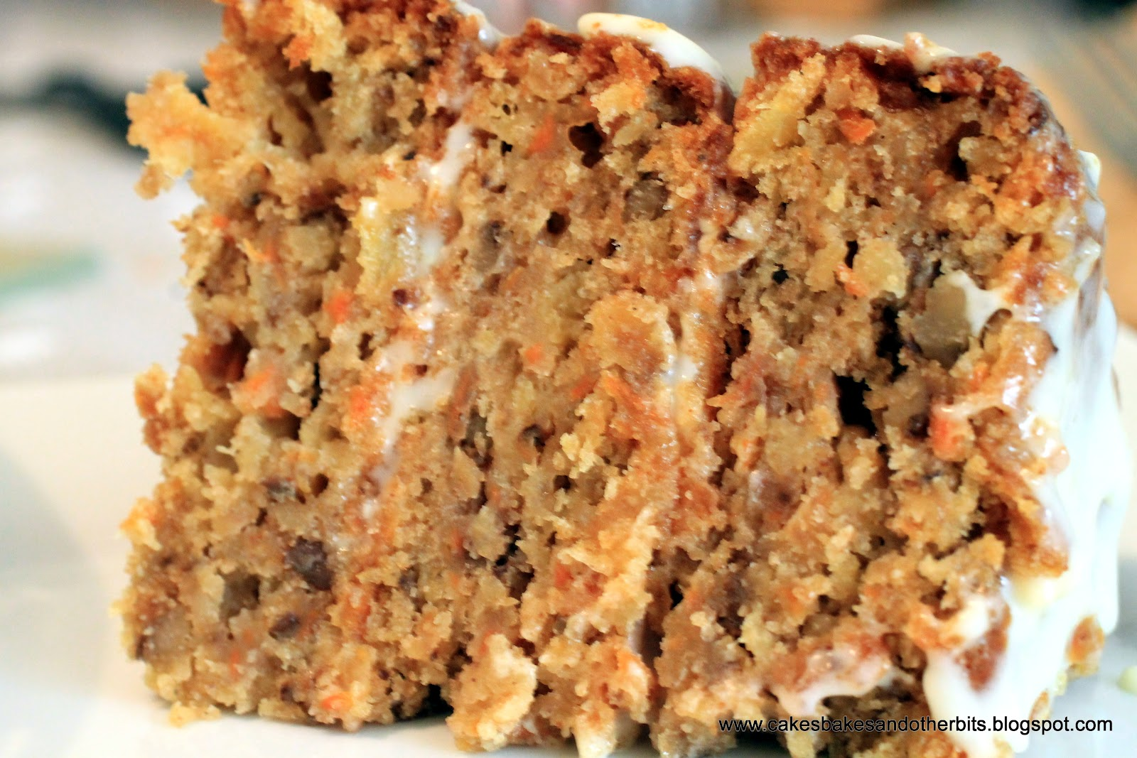 Cakes, Bakes, & Other Bits: Carrot, Pineapple, and Walnut Cake