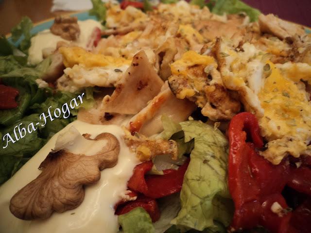 ensalada de pollo huevo y nueces alba hogar