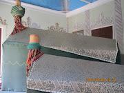 入り口を入ったすぐ左手は、メヴラーナ教団にゆかりの有名なダルビッシュのお墓が .