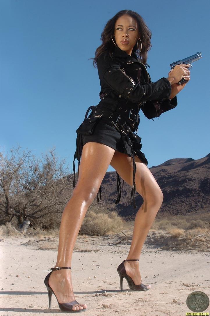 sexy darky lady with gun photo shoot no agenda zone. Black Bedroom Furniture Sets. Home Design Ideas