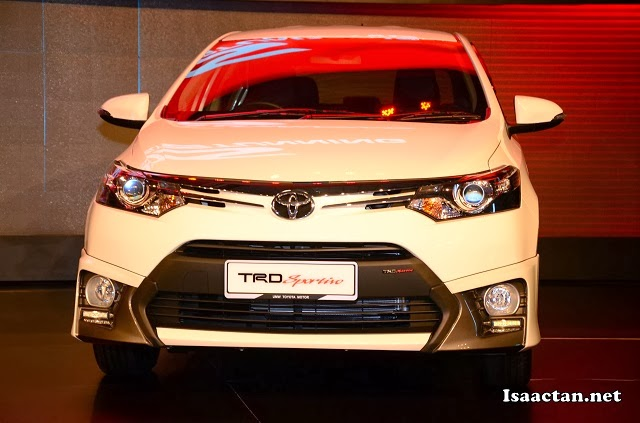 "Toyota's ""Keen Look"" expression adopted for the front design"