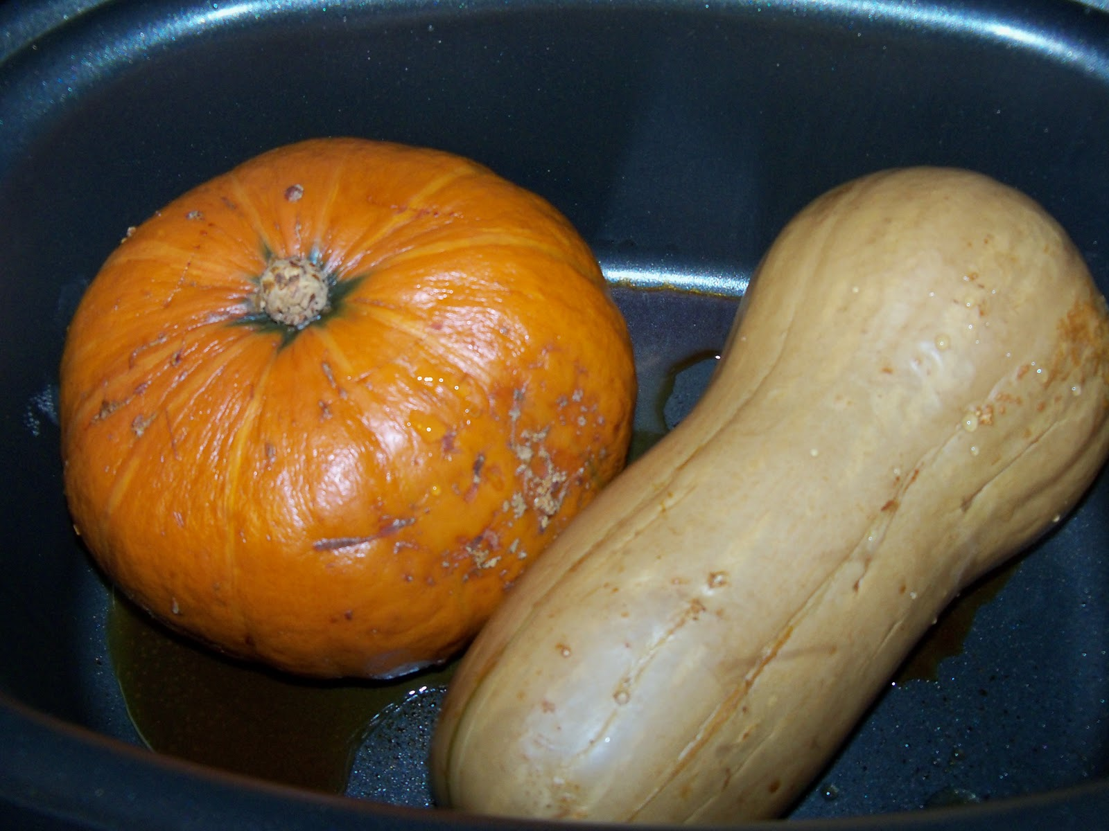 Life on the Vegan Edge: Roasted Red Kuri Squash & Coconut Soup