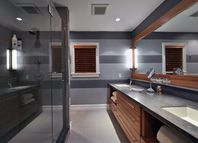 Juegos De Pequena Kelly Al Baño:de baño donde las rayas sirven para conjugar dos colores oscuros para