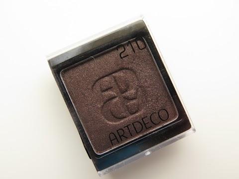 Artdeco Art Couture Collection Longwear Eyeshadow Nr. 210 - satin brown sugar