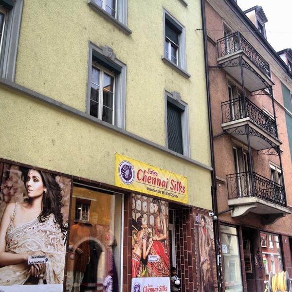 Zürich Silk Sari Kreis 5 Qartier Industriequartier Zürich Schweiz Sommer