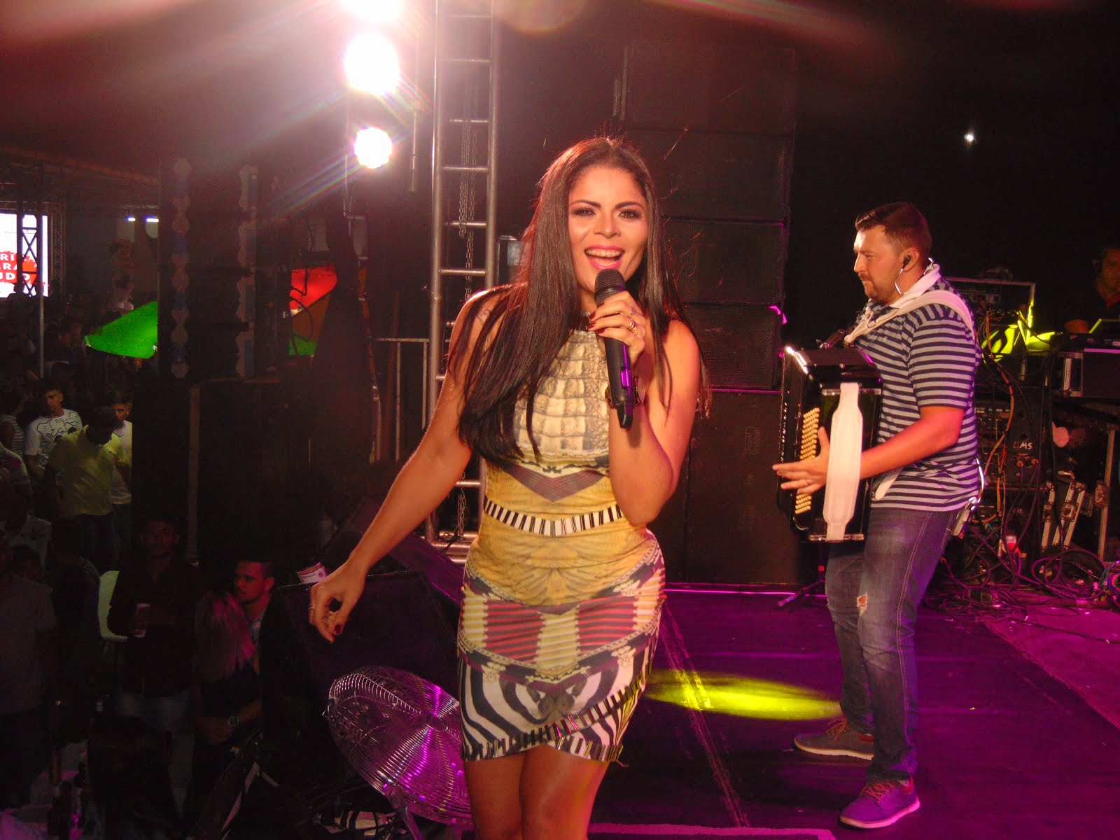 Show Samira em Lagoa Nova