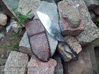cuchillo vikingo y funda de cuero