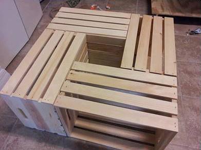 Mesa de centro con 4 cajas de fruta for Mesa con cajas de fruta