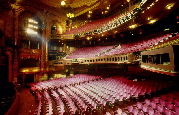 John Ekin Travel Magic At The London Palladium
