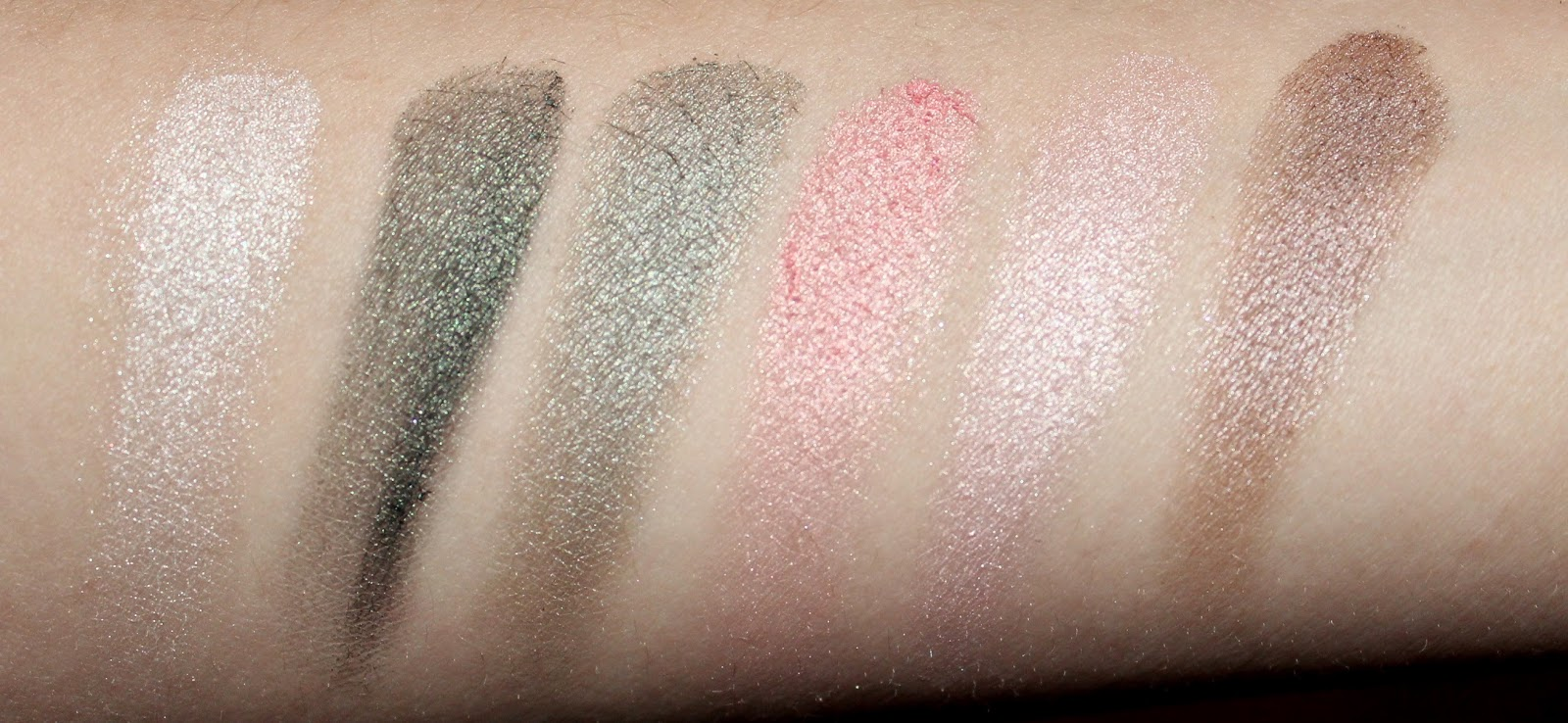 Clarins Garden Escape 6-Colour Eye Palette Swatches