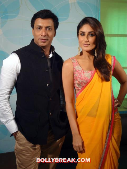 Kareena Kapoor with madhur bhandarkar - (4) - Kareena Kapoor in Orange Saree at Indian Idol 6
