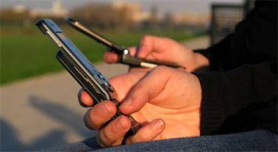 Ligação de celular entre operadoras diferentes pode ficar mais barata.