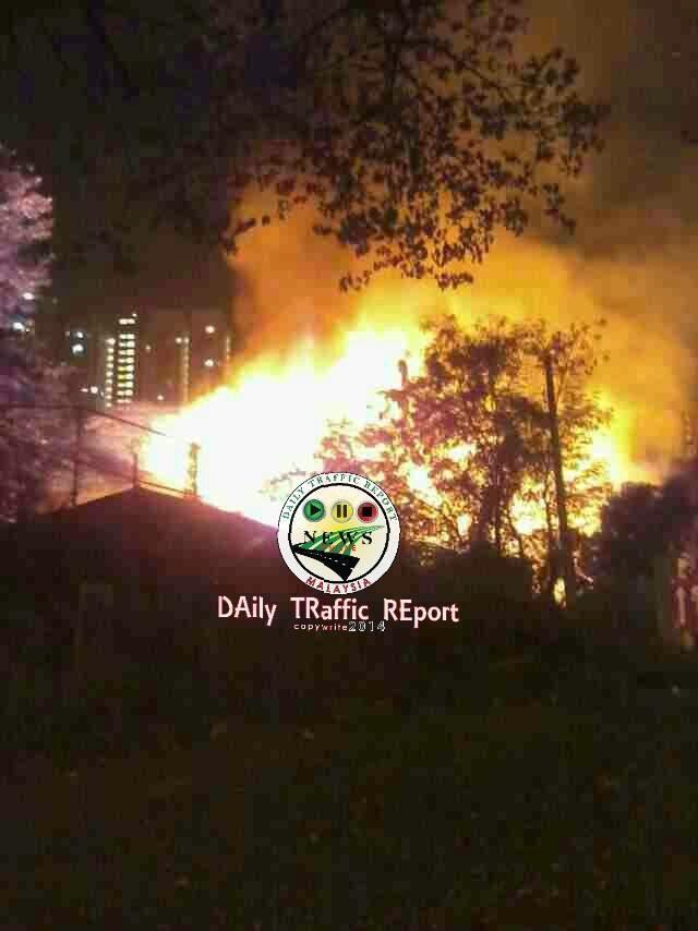 [4 Gambar] Kilang Bihun Cap Masjid Terbakar!