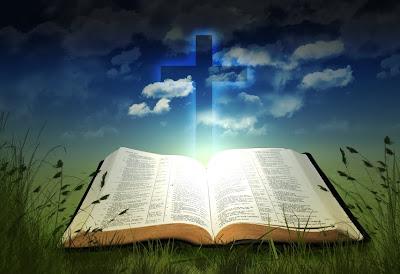 Imágenes Cristianas (La Sagrada Biblia, La Cruz y el Resplandor del Espíritu Santo)