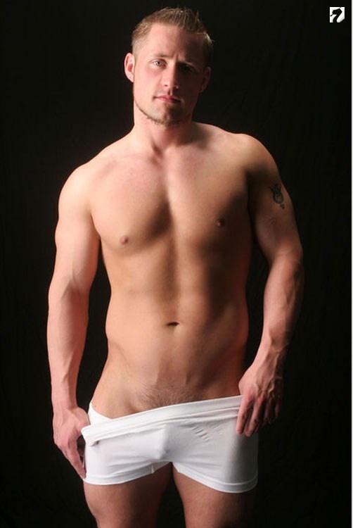 male escort for gay annunci hot verona