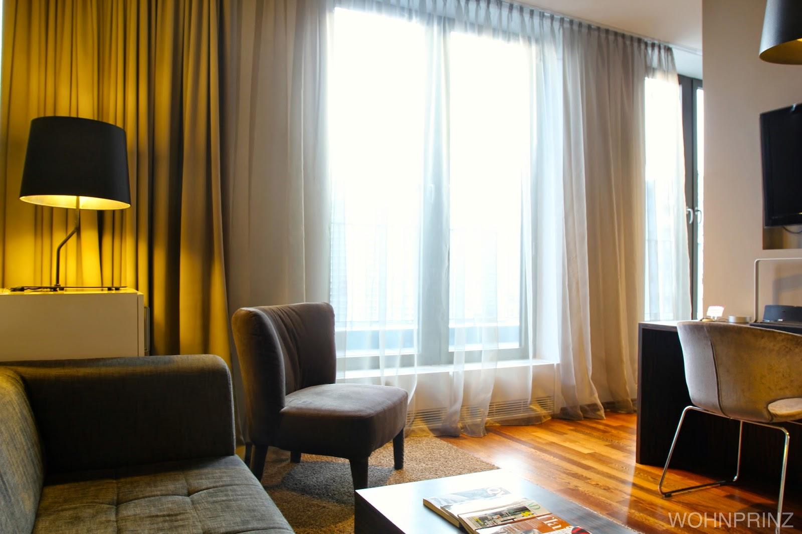bastian der wohnprinz wohnblogger im videoformat cosmoperience cosmo hotel berlin. Black Bedroom Furniture Sets. Home Design Ideas