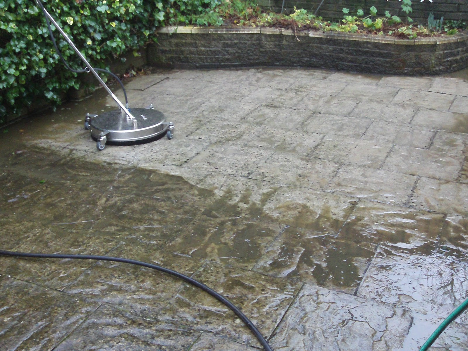 power cleaning blog paving slabs paths and steps get the On cleaning concrete paths