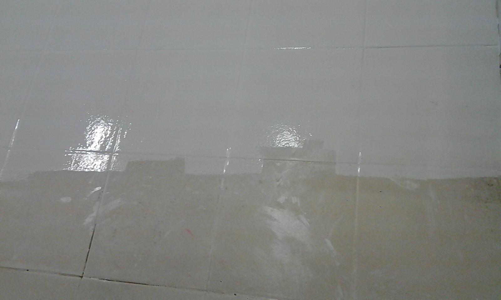 PISO CERAMICA PINTADO TINTA EPOXI 05 (CINCO) ANOS DE GARANTIA ALTO  #504E43 1600x960 Azulejo De Banheiro Pintado Com Tinta Epoxi