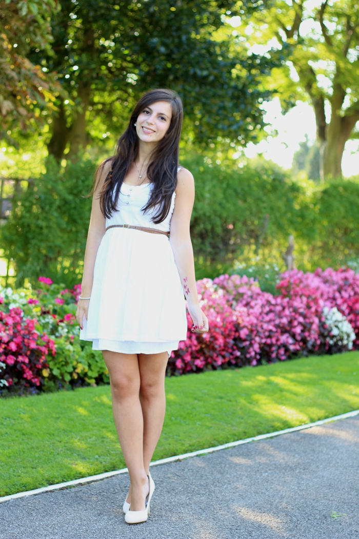 White floaty h&m dress