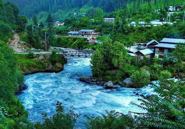 kashmir the paradise of india It is hard to imagine that kashmir, one of the most beautiful places on earth, inhabited by a peaceful populace, can become the bone of contention between two countries.