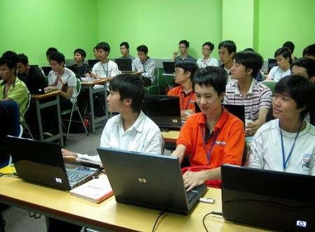 đại học quốc gia tphcm nhận hồ sơ sớm