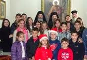 Μέλη των νεανικών μας ομάδων έψαλλαν τα κάλαντα στο Επισκοπείο