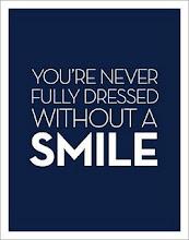 no estas vestida del todo sin una sonrisa