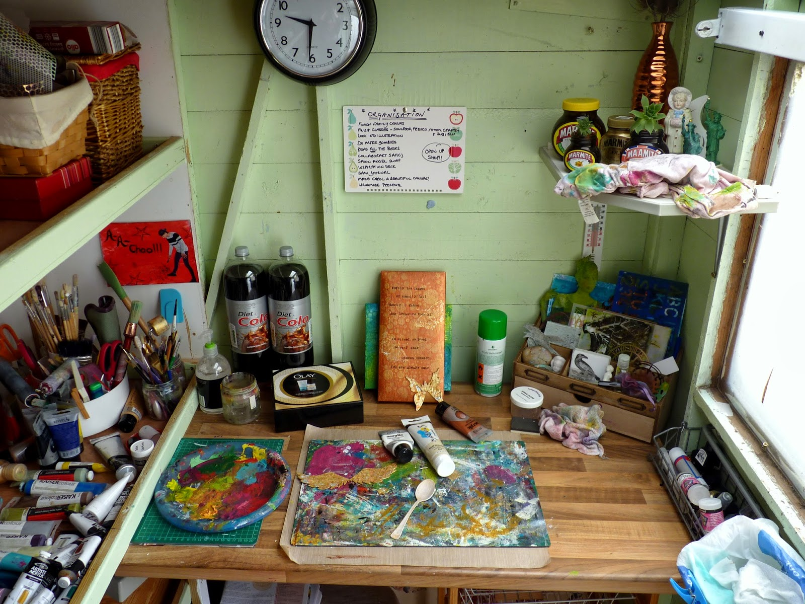 Whoopidooings: What's On Your Workdesk Wednesday? WOYWW
