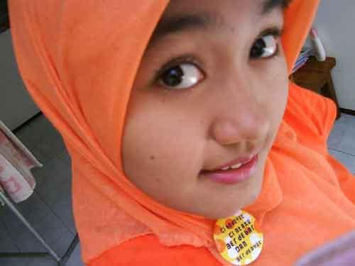 Cewek Arema, Wanita Malang Asli