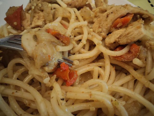 espaguetis con pollo al curry alba hogar