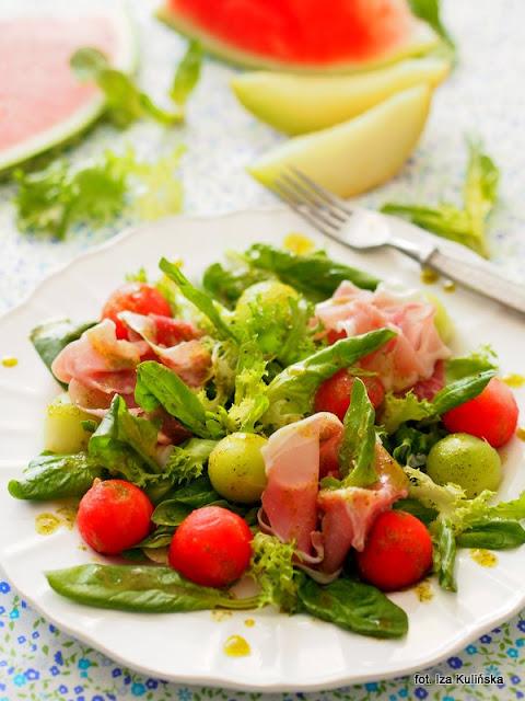 sałatka , dania na upały , lunch , z owocami , kulki z arbuza i melona