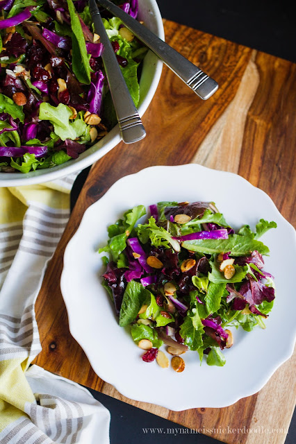 Such a perfect looking salad!  What a great side for any dinner!  |  mynameissnickerdoodle.com