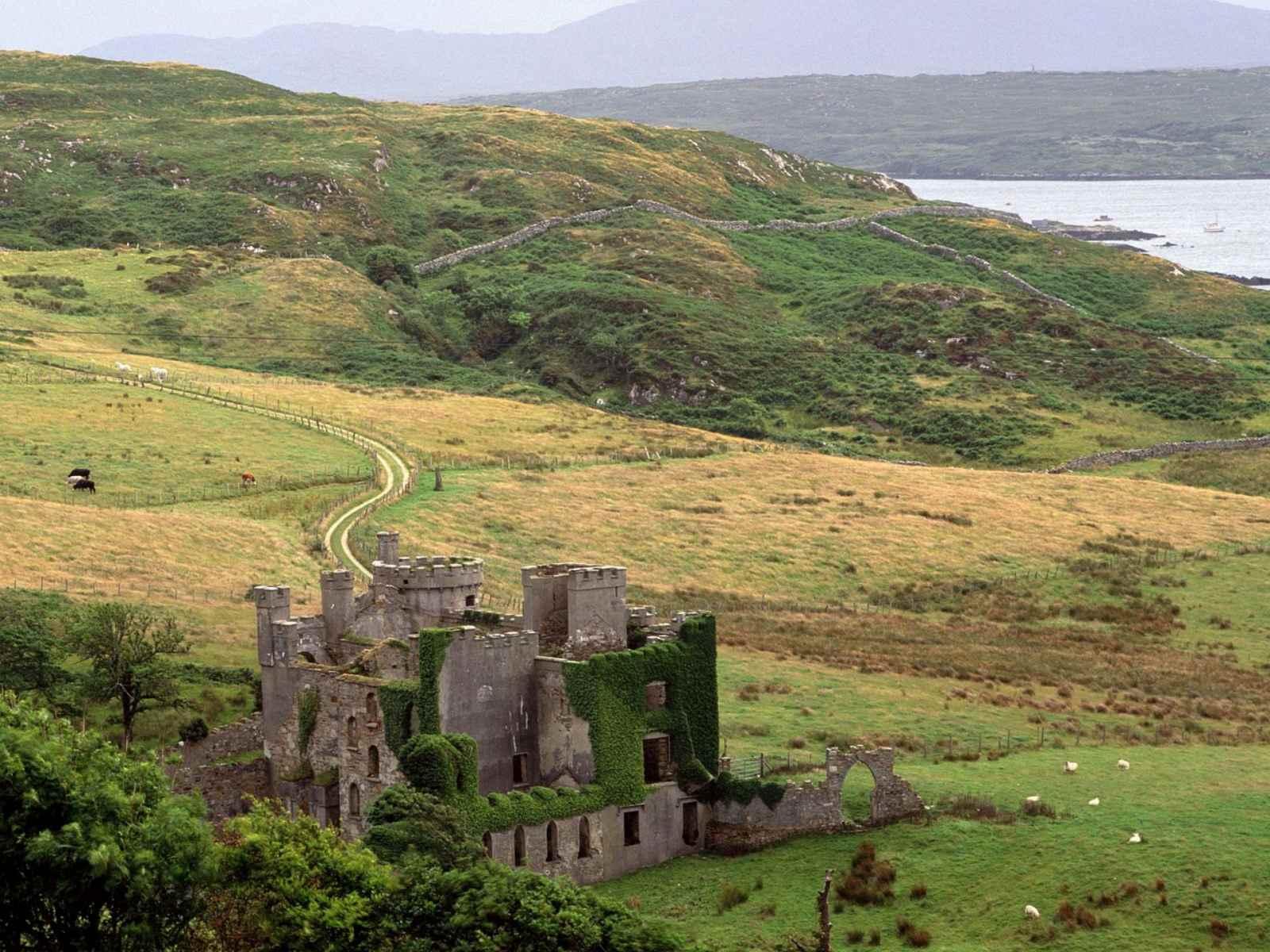 http://3.bp.blogspot.com/-tH6Hq8gY-cs/T2Df08anzwI/AAAAAAAABiI/YSOVG9HT4sk/s1600/21+Collection+1600X1200+Beautiful+Ireland+New+Webshot+Free+Wallpapers,_17+%5B1600x1200%5D.jpg