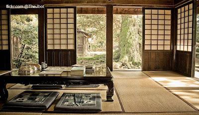 Casa tradicional japonesa vista por dentro