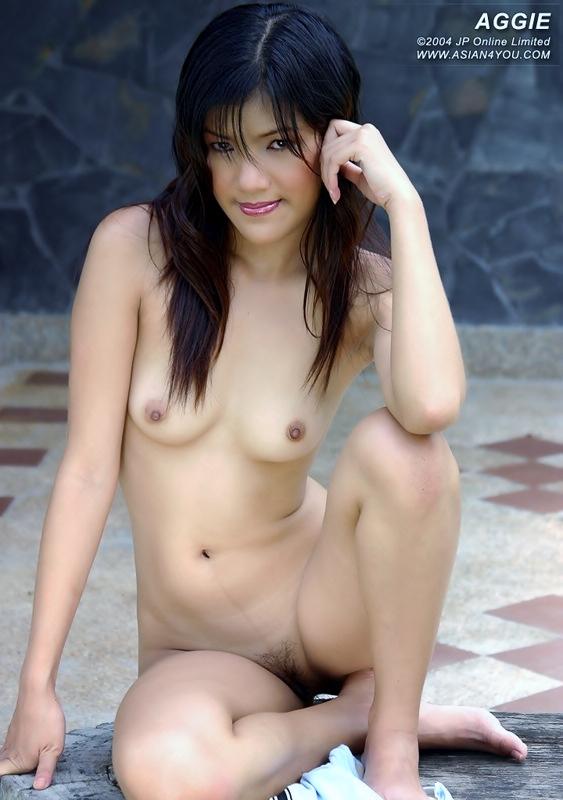 фото голых вьетнамочек