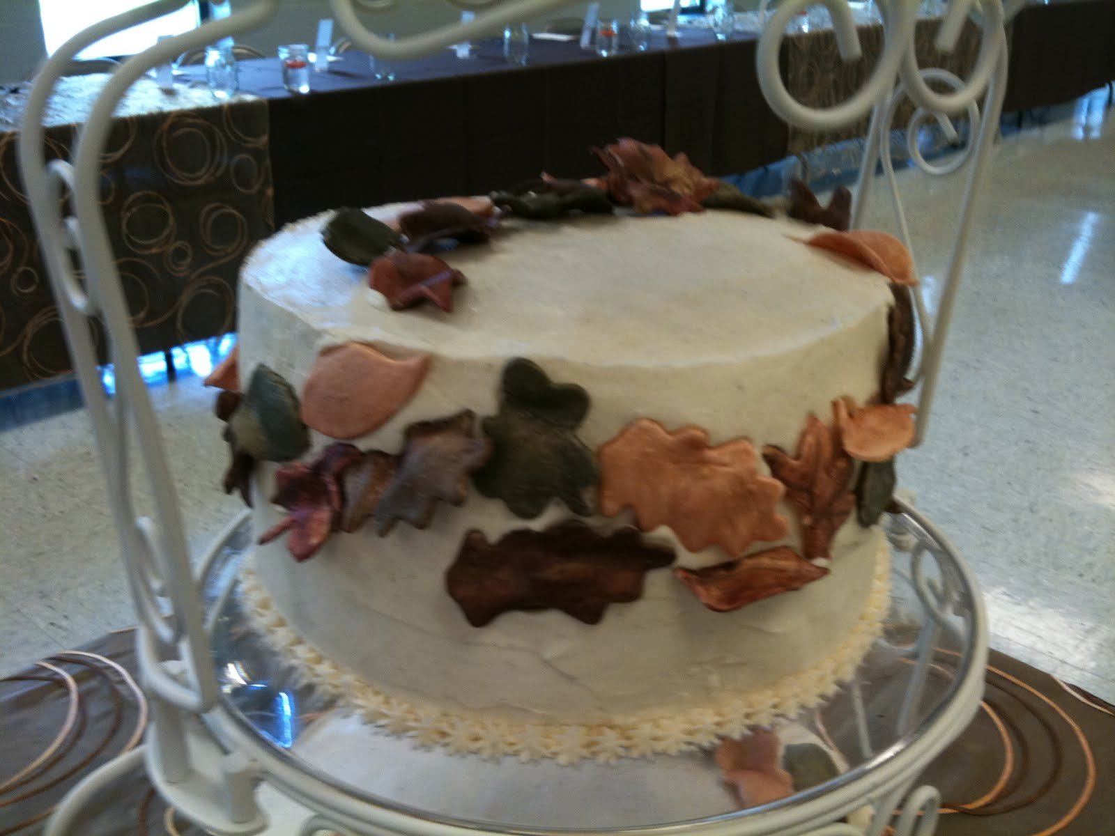 Karen s Cakes & Cookies Fall Autumn Leaves Wedding Cake