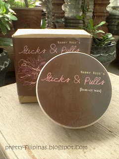 Nanay Rose's sticks & pulls honey wax