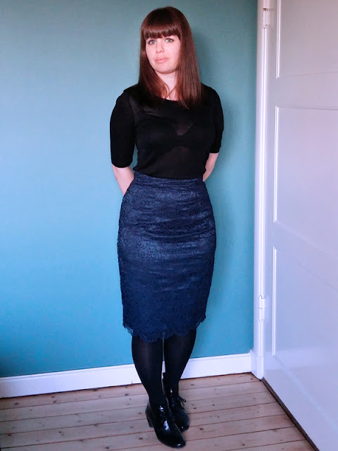 Blue soutache lace pencil skirt front | www.stinap.com