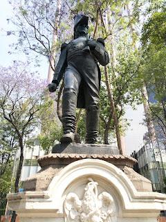 Estatua-lopez-rayon