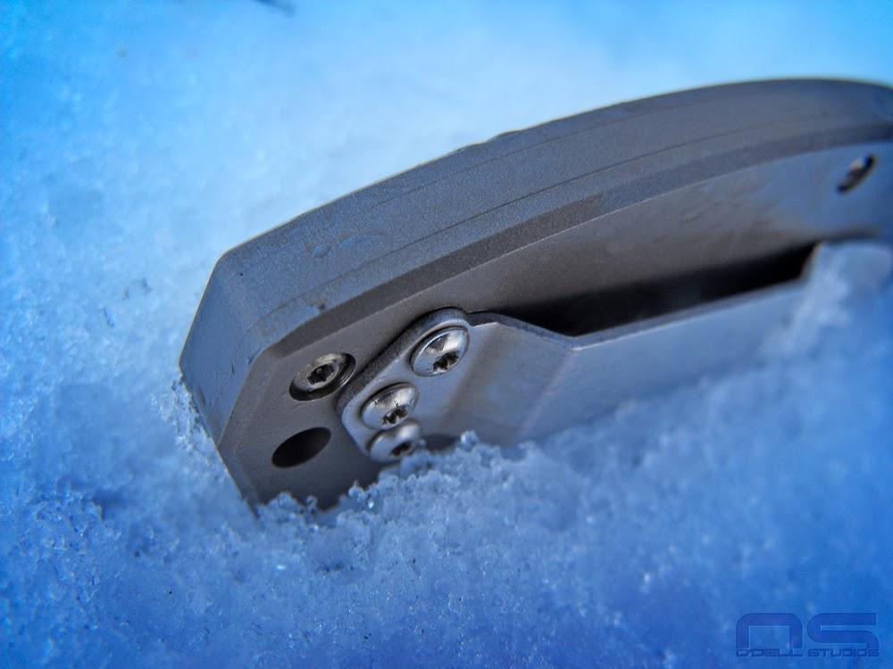 lockback edc knife titanium scales