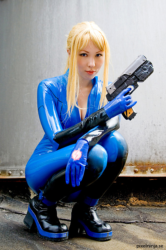 The Best Cosplays Of Samus From Super Metroid Game Series Wearing