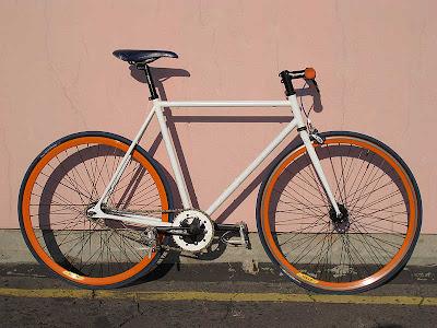 Sepeda Fixie Velg Orange Minimalis
